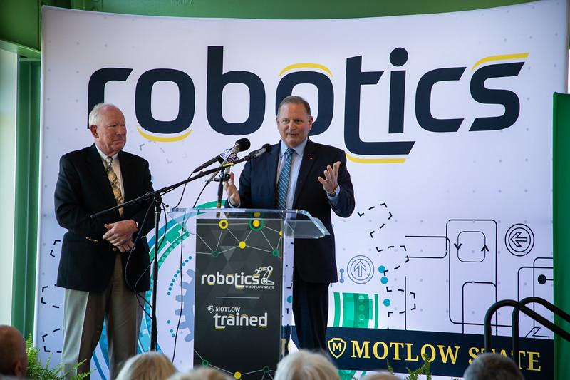 Robotics Grand Opening-8892.jpg