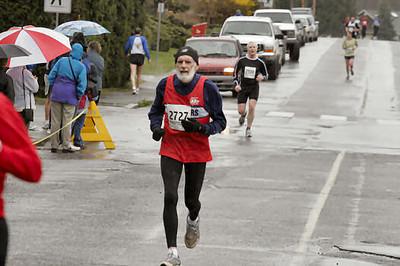 2005 Comox Valley Half Marathon - ComoxHalf2005-Al-Livsey-111.jpg