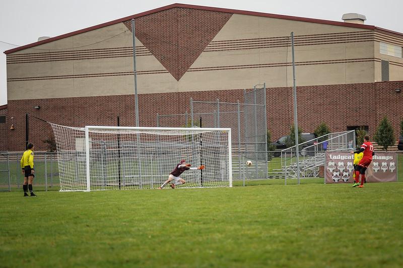 10-27-18 Bluffton HS Boys Soccer vs Kalida - Districts Final-394.jpg