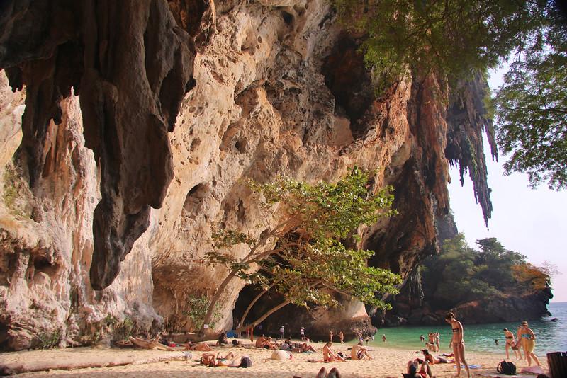 Phra Nang cave at the tip of the Railay Peninsula - Andaman Sea