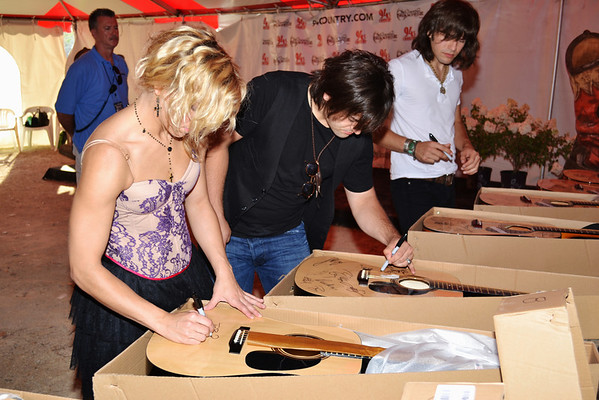 The Band Perry - Meet & Greet