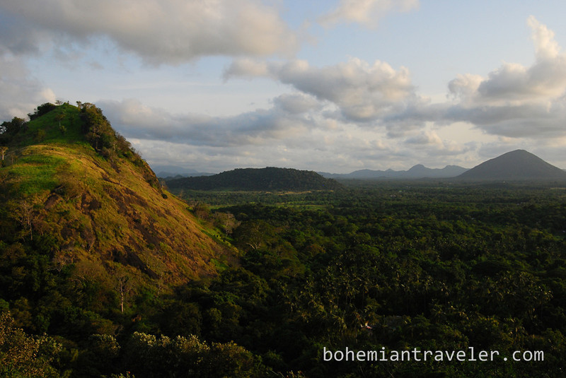 view from Cave Temples at Dambulla.jpg