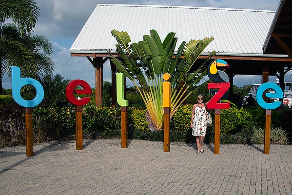 2018 nov 13 Harvest Caye Belize