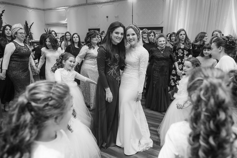 Miri_Chayim_Wedding_BW-709.jpg