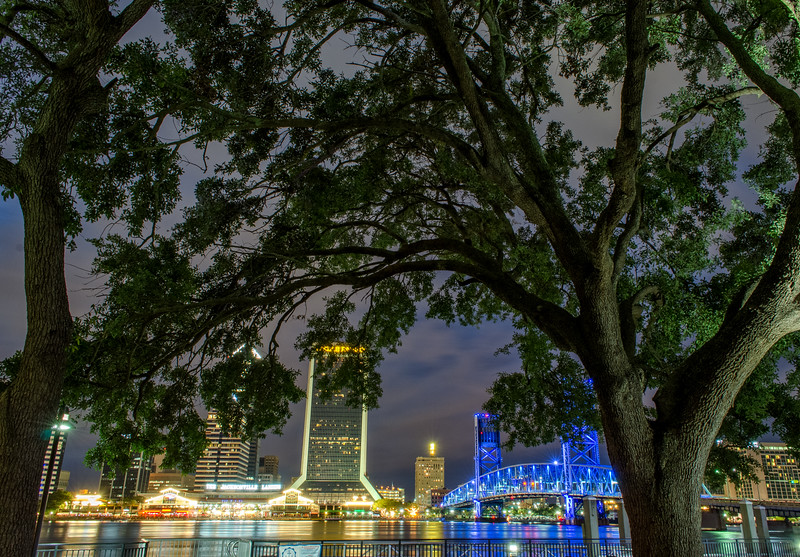 DowntownJacksonville_Night.jpg