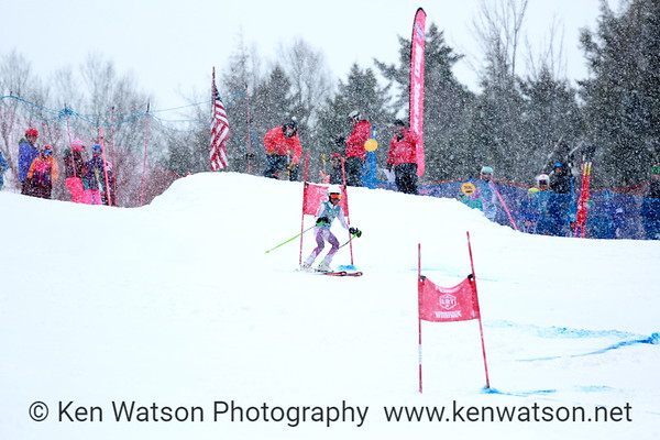 2018-03-11 NHARA U12 Girls Championship GS 1st Run