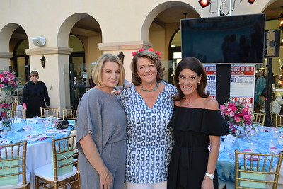 Cancer Support Hosts 'Ladies Night Out'