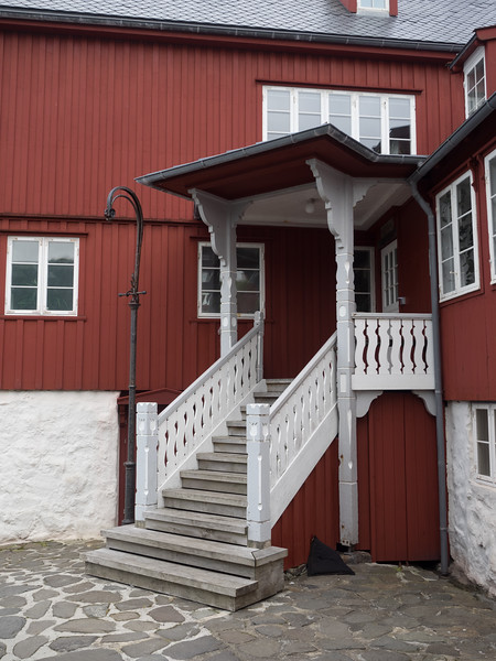 This is the Prime  Minister's office in Tórshavn - 10 Downing Street it ain't, I could have just walked up to the door and knocked! No visible security whatsoever.