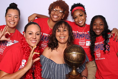 UA Woman's Basketball Celebration