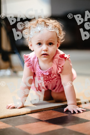 © Bach to Baby 2018_Alejandro Tamagno_Kensington_2018-06-27 012.jpg