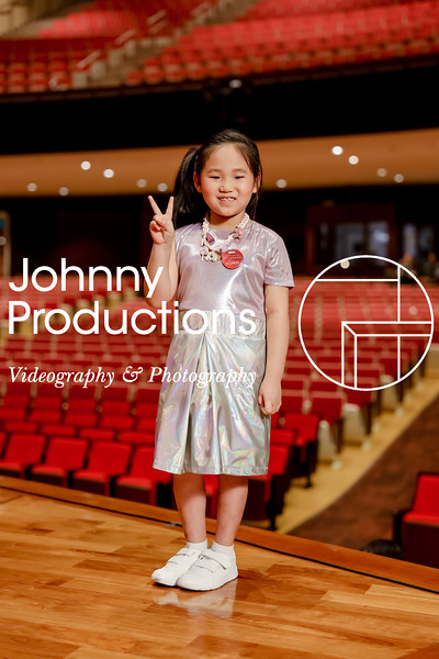 0022_day 1_orange & green shield portraits_red show 2019_johnnyproductions.jpg