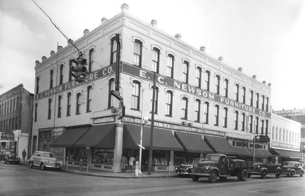 EC Newson - 1948.jpg