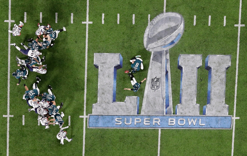 . Philadelphia Eagles kicker Jake Elliott kicks an extra point against the New England Patriots during the first half of the NFL Super Bowl 52 football game Sunday, Feb. 4, 2018, in Minneapolis. (AP Photo/Eric Gay)