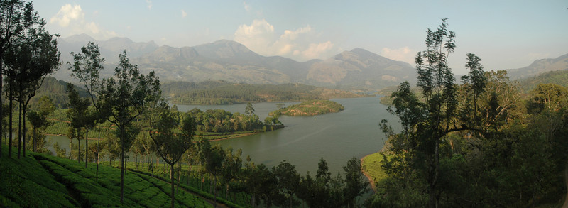 Lake near Munnar - 3 photos taken with a D70 (17-55mm F2.8 AFS Lens) stitched in Photoshop CS3