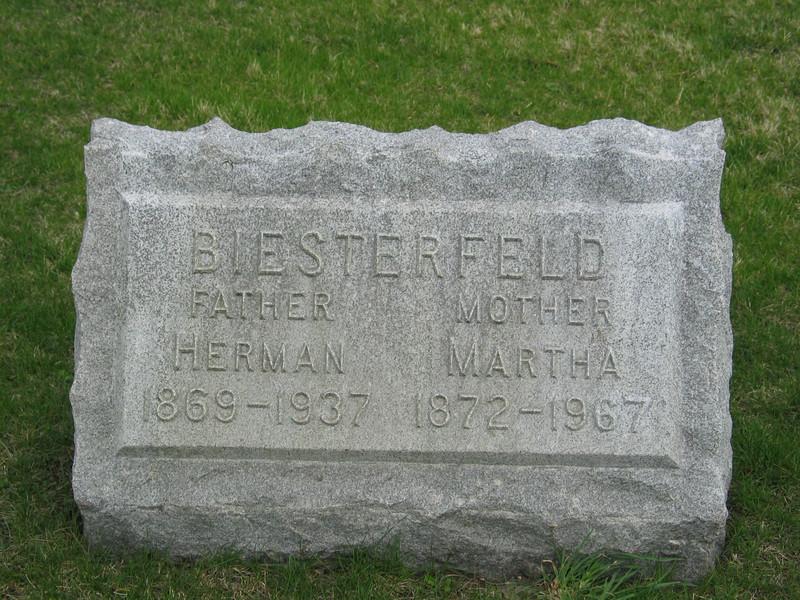 Herman and Martha Biesterfeld