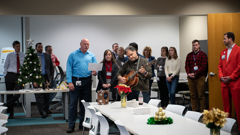 Resource Group Holiday Party 2019-00632.jpg