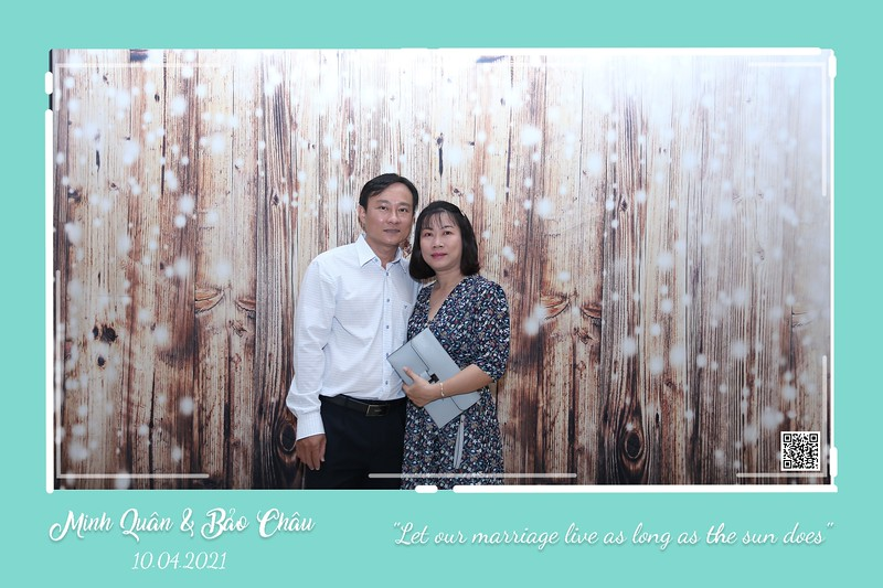 QC-wedding-instant-print-photobooth-Chup-hinh-lay-lien-in-anh-lay-ngay-Tiec-cuoi-WefieBox-Photobooth-Vietnam-cho-thue-photo-booth-096.jpg