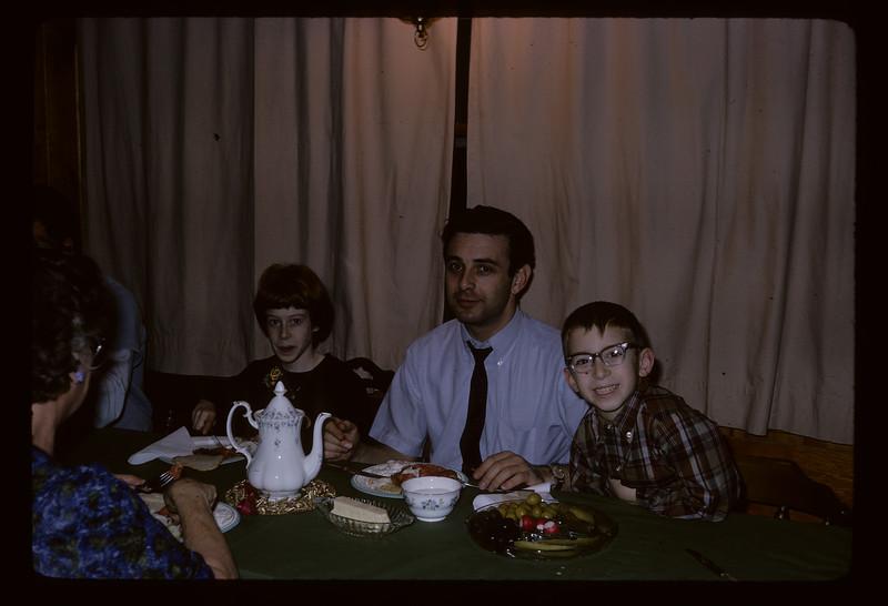 1966 Family_212.jpg