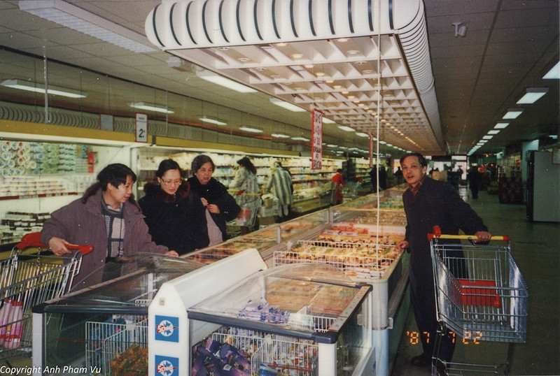 Co Lan Huong Visit 90s 29.jpg