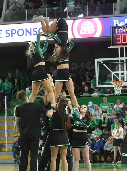 cheerleaders4089.jpg