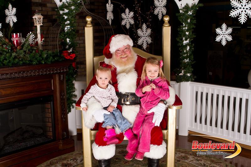 Santa Dec 15-109.jpg