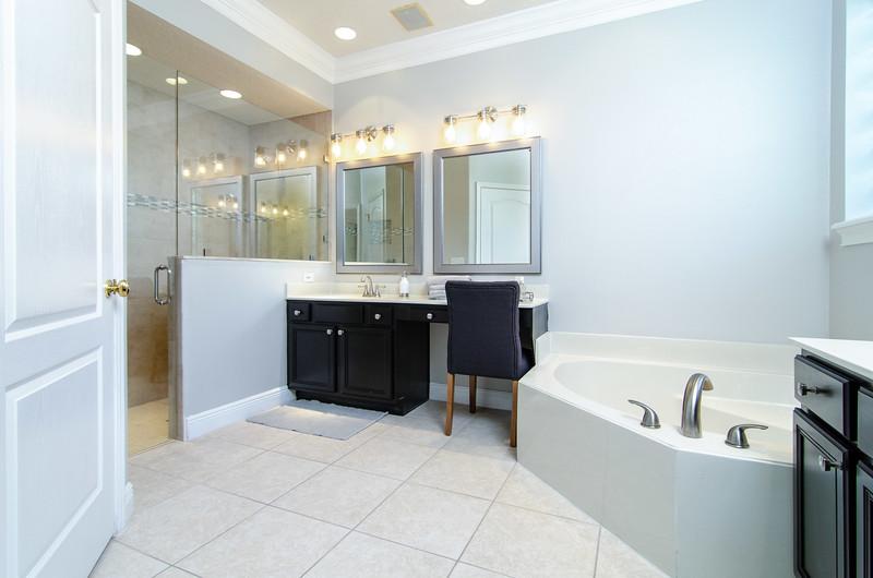 BL 26 - Master Bathroom.jpg