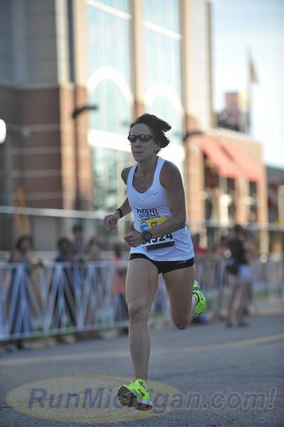 USATF Women's Masters Mile Finish Gallery 1 - 2016 Crim Festival of Races