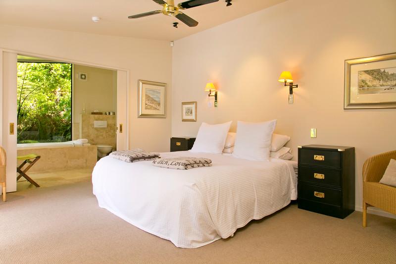 The Point Villas - Tatamoana - Villa One - Bedroom