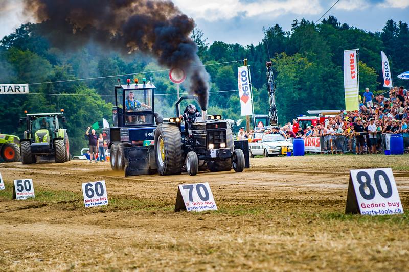 Tractor Pulling 2015-02495.jpg