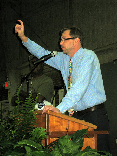 09 11-14 Kirk Lyman-Barner, President of Americus-Sumter Fuller Center speaking at Fish Fry & Auction Fundraiser. lcf