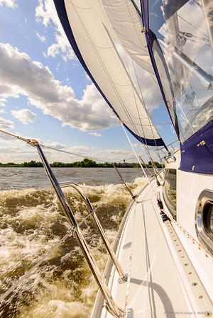 Sailing on the Delaware