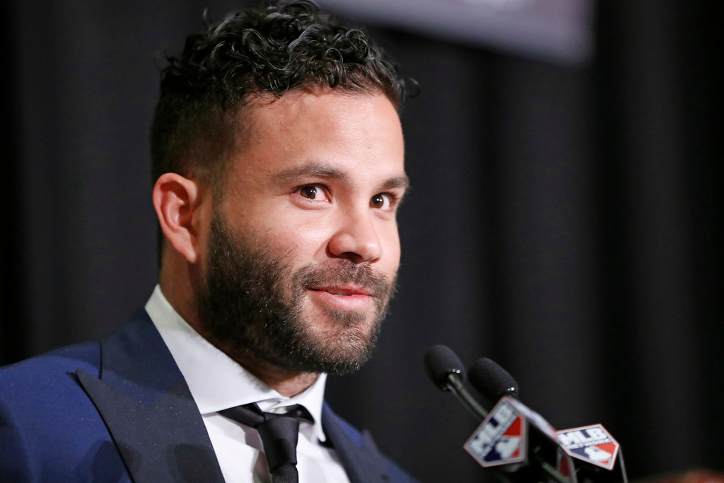 . National League Most Valuable Player Jose Altuve of the Houston Astros speaks after accepting his award during the New York Chapter of the Baseball Writers\' Association of America annual dinner in New York, Sunday, Jan. 28, 2018. (AP Photo/Kathy Willens)