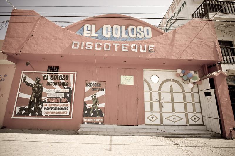 discotheque_4582175279_o.jpg