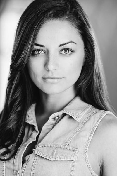 Kellie Gnauck headshot by Greg Veit_135-Edit-2.jpg