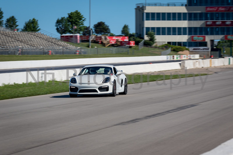Flat Out Group 3-238.jpg