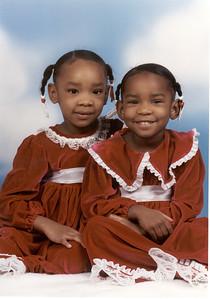2002-12- Dominique & Raven - Sears Photo