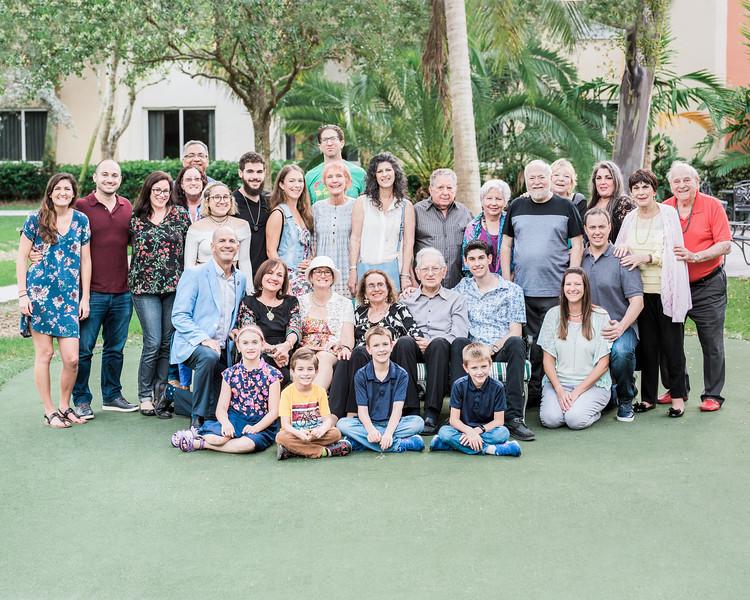 ELP1021 Yanks family 4168-16x20.jpg