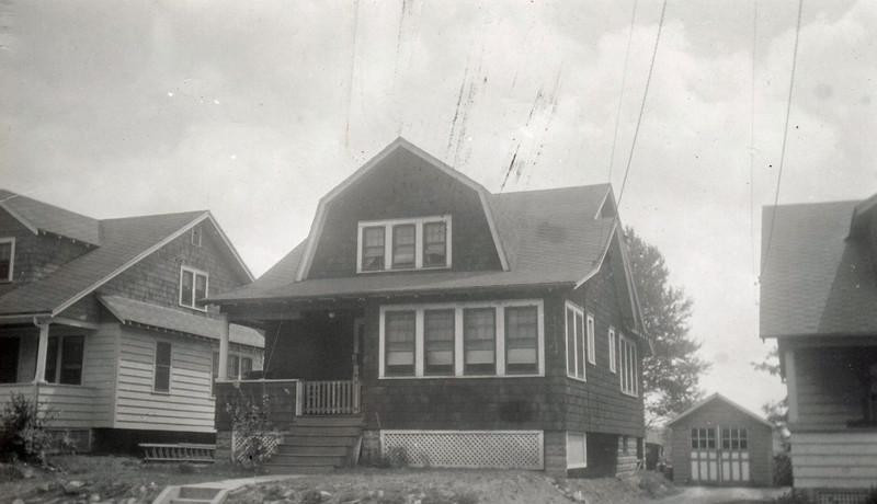 567 THOREAU TR 1935.jpg