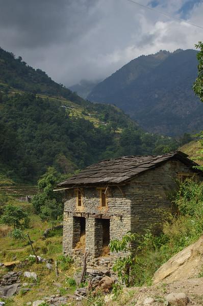 Trekking, Day One, Naya Pul to Tikhedhunga