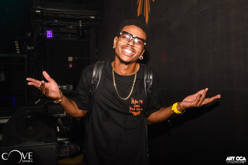 DJ Puffy at Cove Sept 14, 2019 (28).jpg