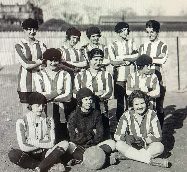 Reims - Women's Soccer in the 1920's