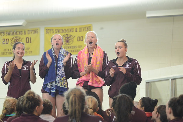 Kingston Girls Swimming