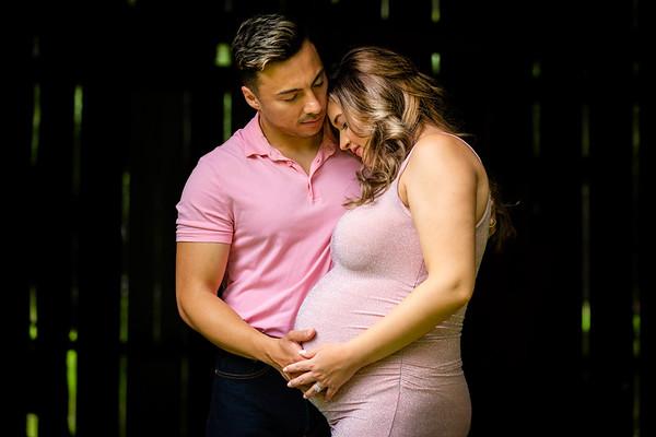 Tori & Lex Maternity