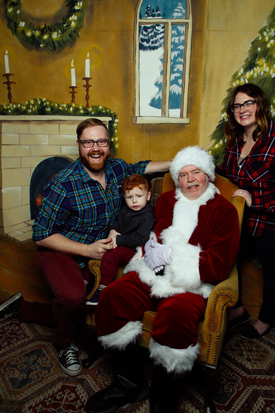 Pictures with Santa Earthbound 12.2.2017-050.jpg