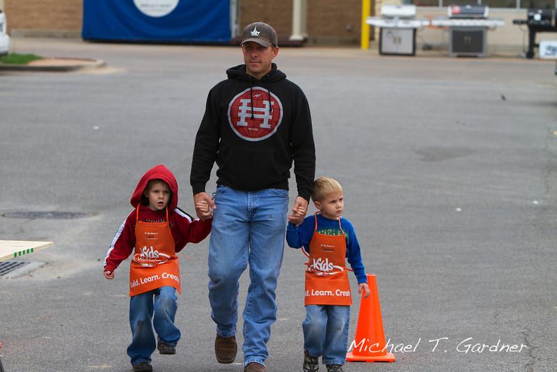 Home Depot - 2012-10-06 - IMG#10-000549.jpg