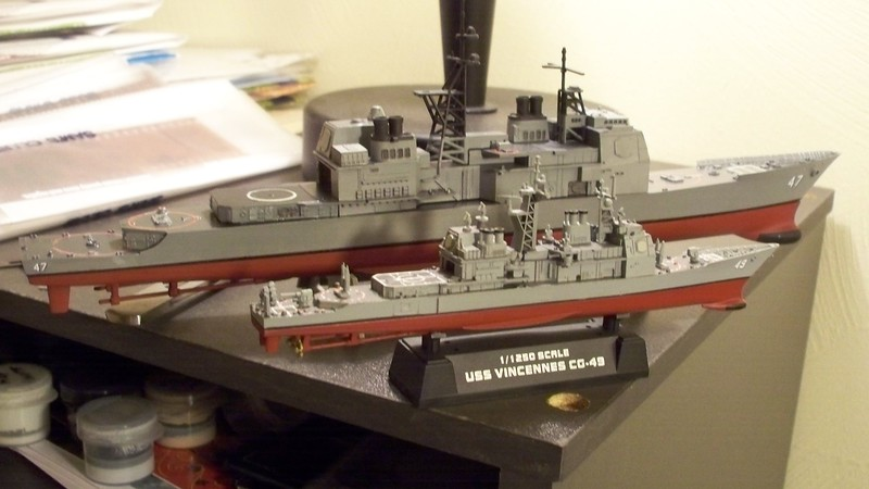 081027: Skywave 1/700 USS Ticonderoga (CG-47) on borrowed hull with HobbyBoss 1/1250 USS VIncennes (CG-49).CG49