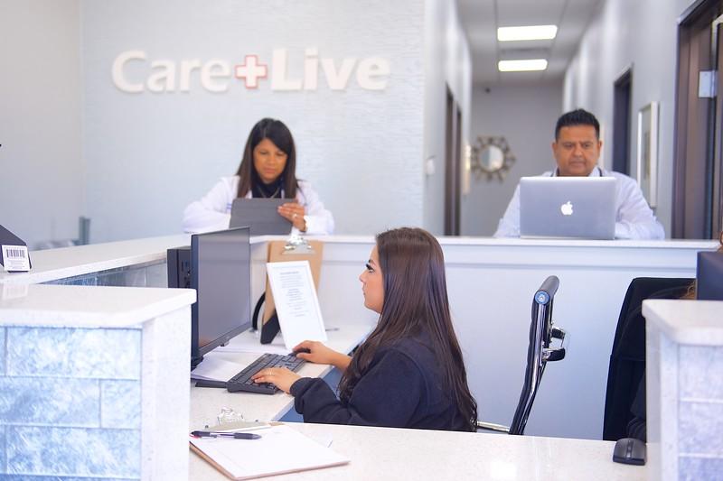 Care Live-2018-11-000119.jpg
