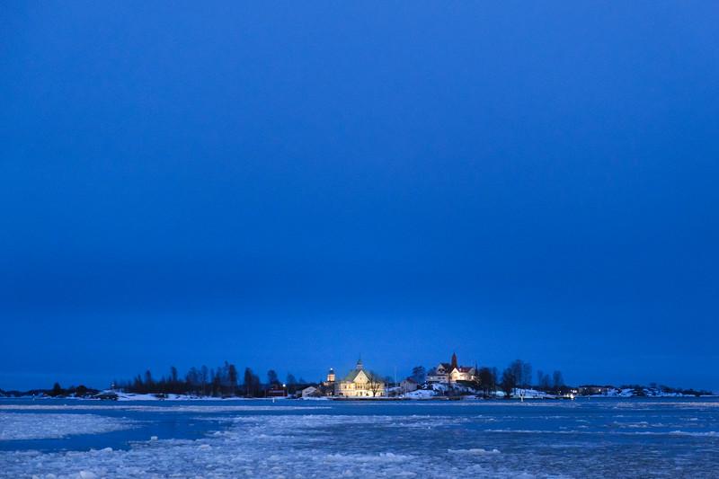 Valkosaari Island