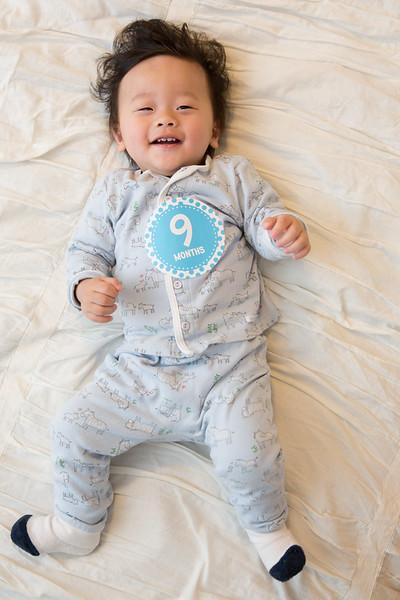 Seth 9 months-3782.jpg