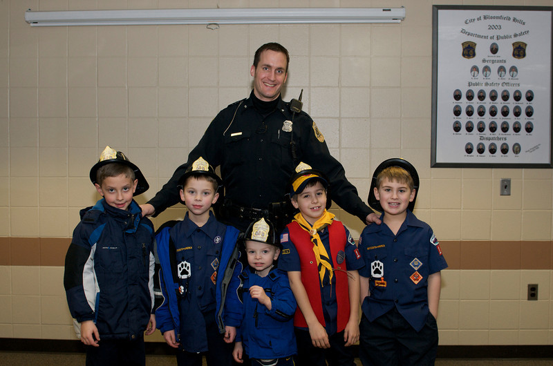 Cub Scout Police Station  2010-01-13  112.jpg